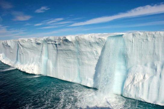 Причины и последствия таяния ледников