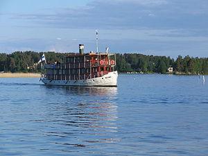 Прогулочный кораблик на Каллавеси