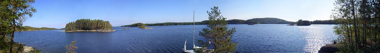 Панорама озера. Вид с острова Котасаари