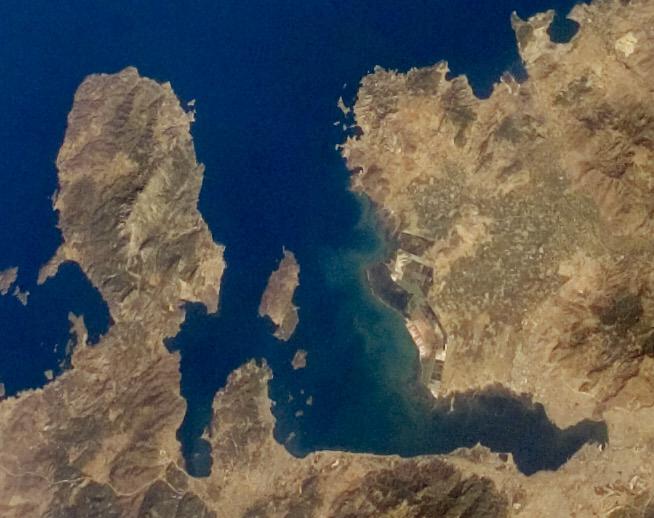 Измирский залив