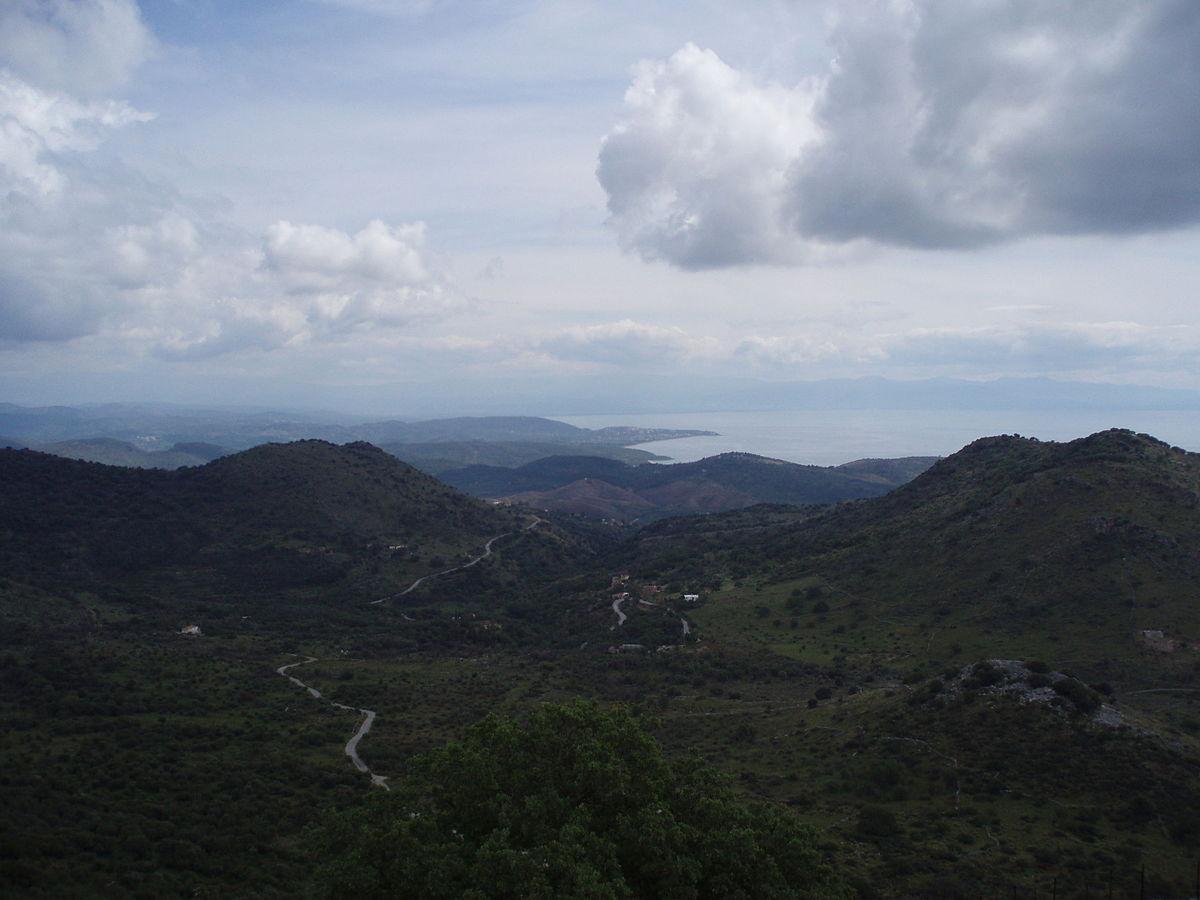 Лаконикос