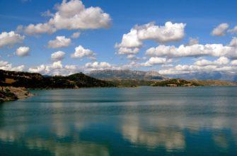 Пиньос (водохранилище)
