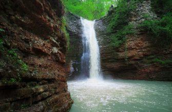 Водопады ручья Руфабго
