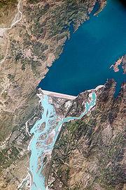 Плотина Тарбела на Инде
