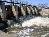 Водослив городской плотины в Ногинске