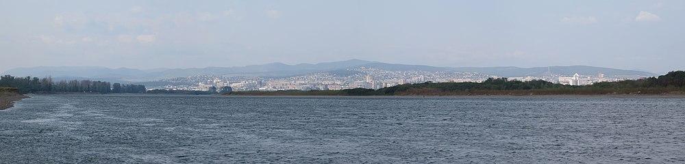 Панорама реки Селенга. Вид г. Улан-Удэ